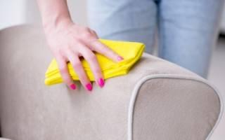 Как почистить светлый велюровый диван?