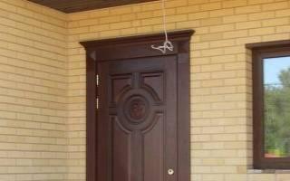 Как подтянуть железную дверь?