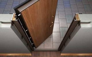 Как правильно ставить входную железную дверь?