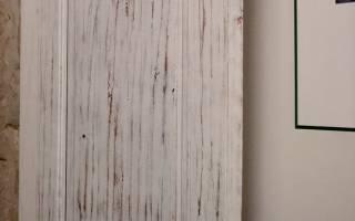 Как убрать старую краску с деревянной двери?