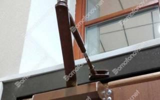 Как уменьшить усилие доводчика двери?