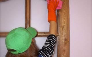 Чем мыть деревянные двери?