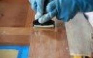 Как снять лак с деревянной двери?