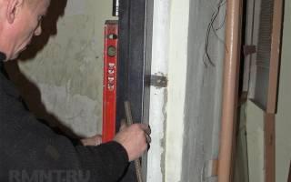 Как монтировать железную дверь?