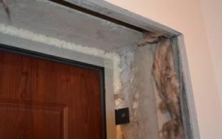 Как обшить пластиковыми панелями дверь?
