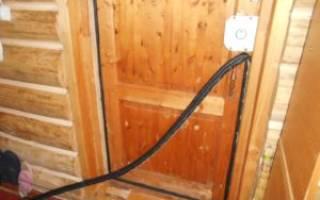 Как утеплить порог входной двери?