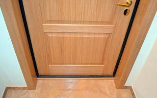 Как правильно сделать откосы на входной двери?