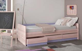 Как сделать кровать из массива дерева?