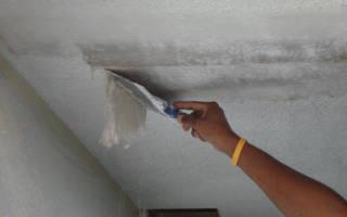 Как снять масляную краску с потолка кухни?