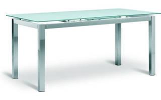 Как сделать стол из стекла и дерева?