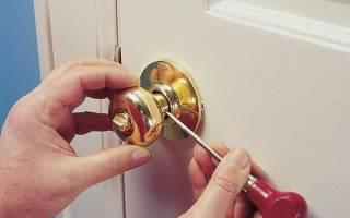 Как разбирается ручка на межкомнатные двери?
